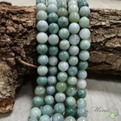 Jade de Birmanie naturel en perles rondes 8mm - fil complet